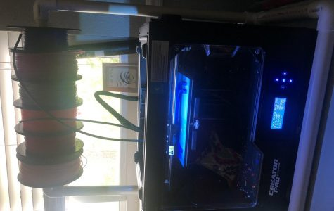 3D printer at work in Lauren Hamel's home