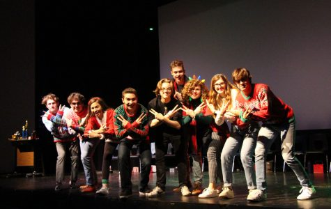 The 2020-2021 Improv troupe on stage at TWHS.